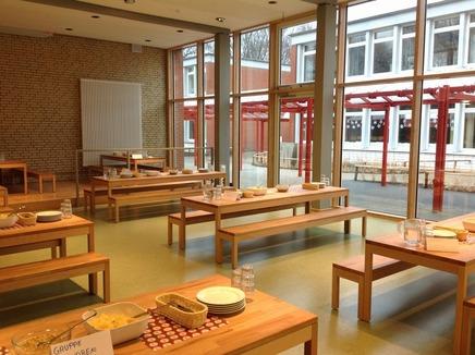 Die neue Küche und die Mensa sind fertig!