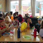 Das Essen hat sehr gut geschmeckt. Wir hatten ein sehr großes Buffet mit viel Auswahl. Dann saßen wir gemütlich an den Tischen.