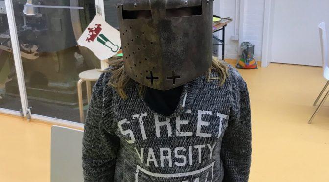 """""""Koole Kids"""" entdecken und erforschen das Mittelalter"""