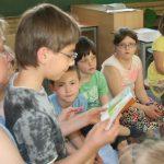 Unterricht: Gemeinsames lesen in der Klasse
