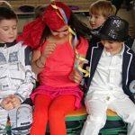 Wir haben am Faschingstag tolle Spiele gespielt, z.B. die Reise nach Jerusalem. Das hat allen Spaß gemacht. Die Kostüme waren sehr unterschiedlich.